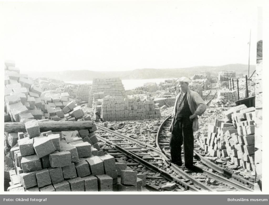 Upplag av graitblock av olika dimentioner
