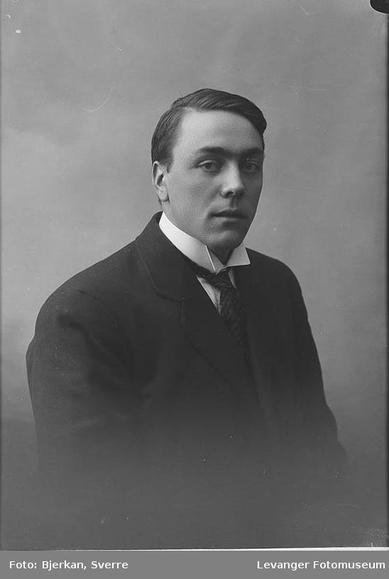Portrett av Einar Heggene.