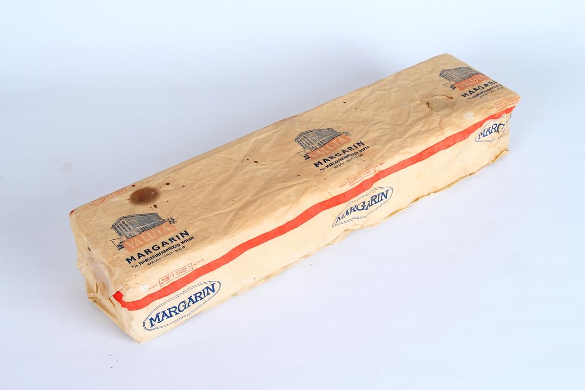 Margarinpapir til å pakke inn margarin i.