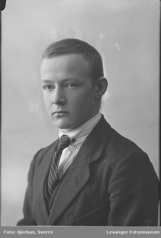Portrett av Torstein Berg