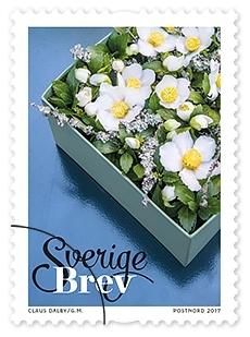 Frimärken i häfte med tio självhäftande frimärken med fem motiv av olika vinterblommor. Valör Brev.