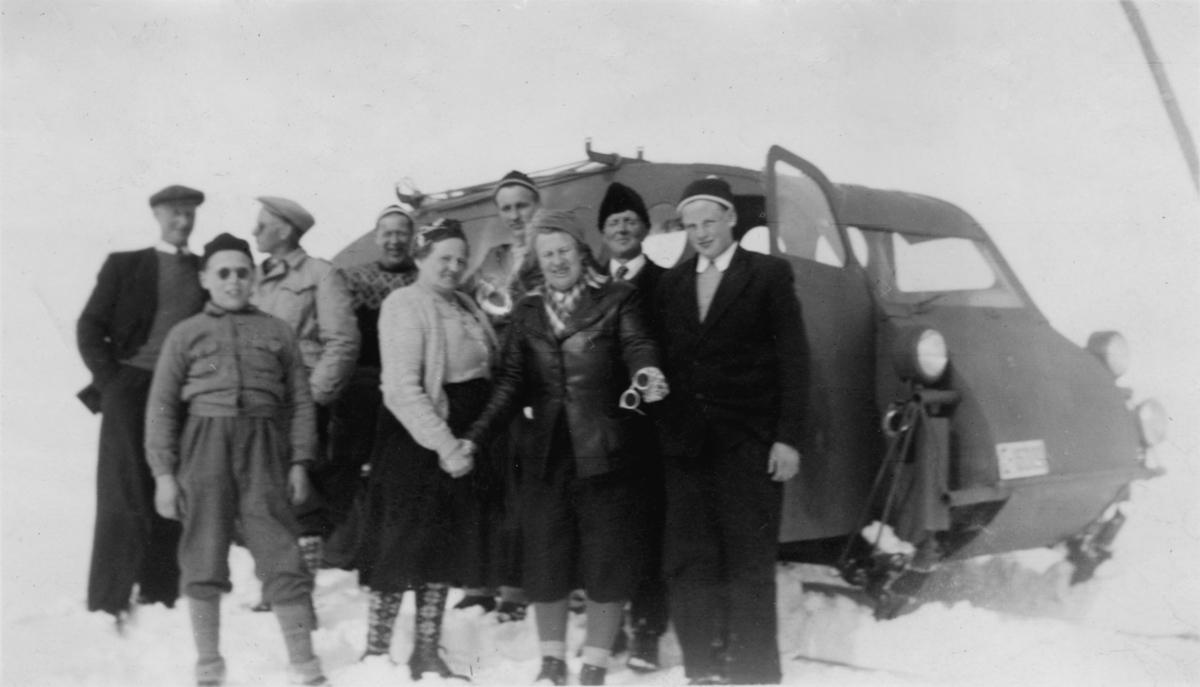 1945 mod. Ford snowmobil E-16000, ble kjøpt fra Fossheim Turisthotell i 1951 og fikk reg.nr.15901.