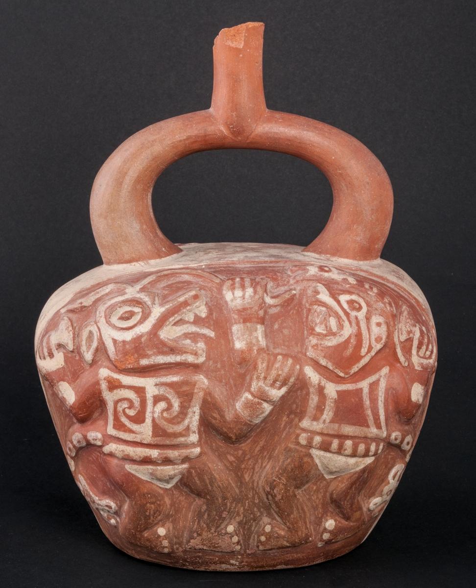 Gravkärl, inca, lergods med två dansande män på var sida.