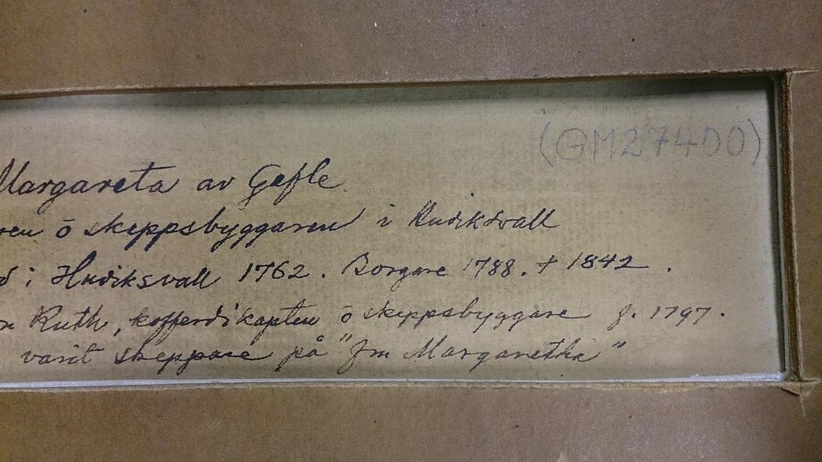 """Fartygsmålning, akvarell/gouache på papper av fullriggaren/fregattskeppet """"Fru Margaretha från Gefle"""". Okänd konstnär."""
