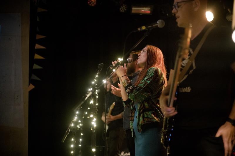Fra plateslippet til den triple lovsangsplata 09.09.2017. Vokalist: Christina Høgetveit. Foto: Rockheim/Marthe Amanda Vannebo