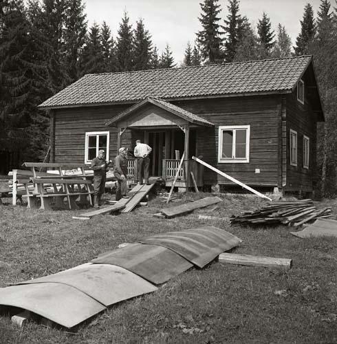Utegårdsklappen, vårvintern 1970.