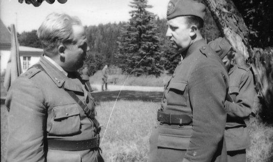 Gylfe, sergeant och Skillner musikstyckjunkare, A 6.