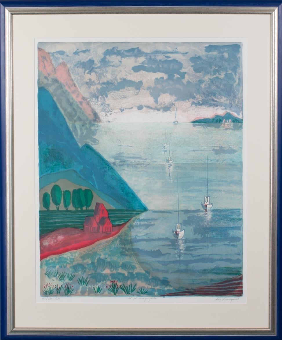 """Bilde med motiv """"Ut på morgenfiske"""". Ser fem fiskeskøyter på vei ut fjorden til fiskefeltet tidlig om morgenen."""