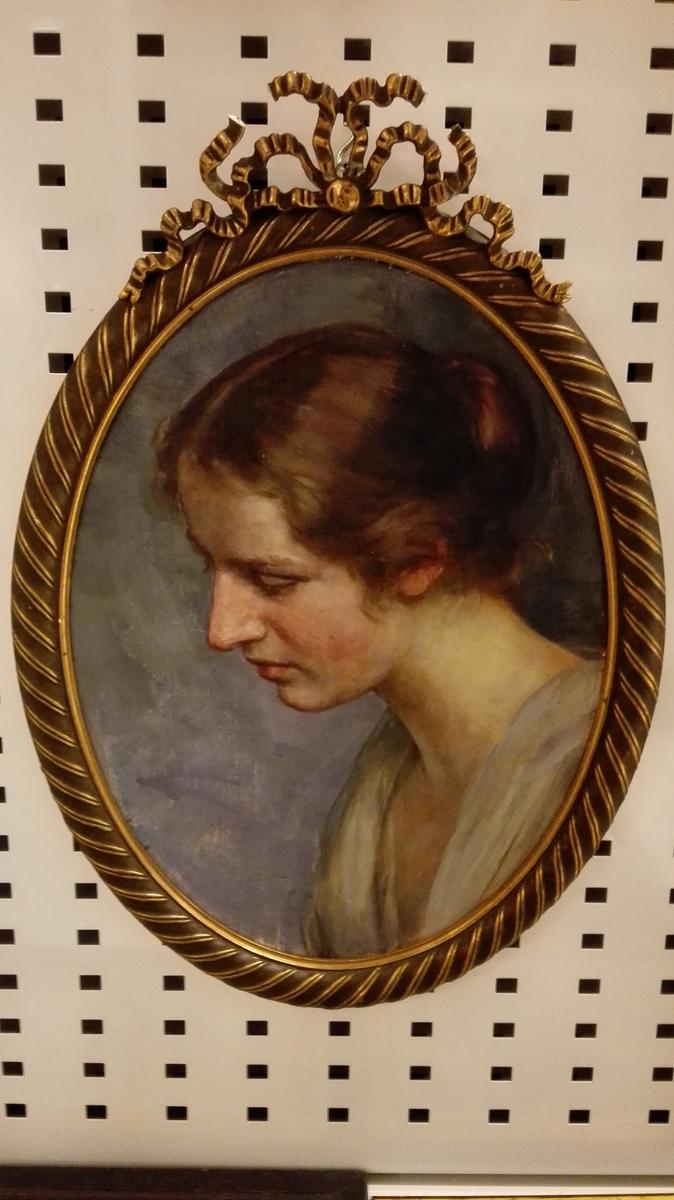 Frk. Ingeborg Flood Rusten som ung jente