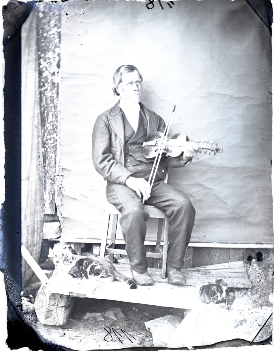 Portrett; mann; Spelemannen Jakob Firingen i Seljord