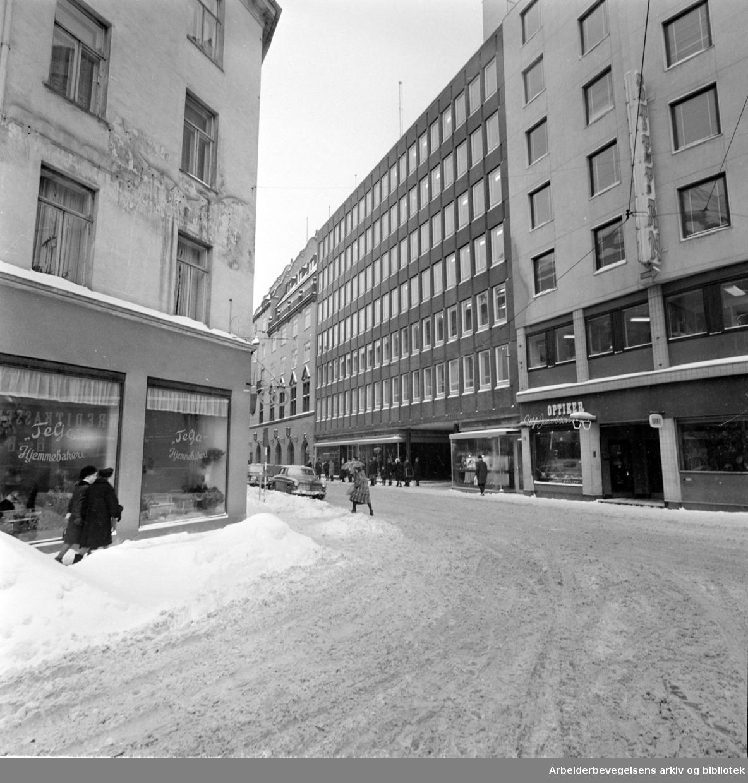 Pressens Hus. Et senter for norsk nyhetsformidling.Eksteriør. Februar 1967
