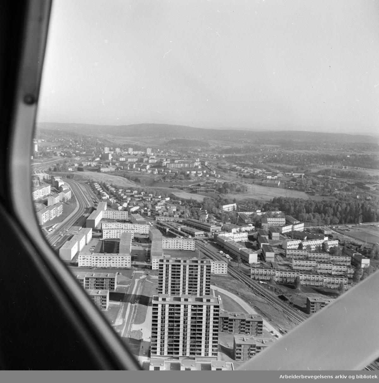 Linderud (flyfoto). Trondheimsveien, Veitvet. Oktober 1966