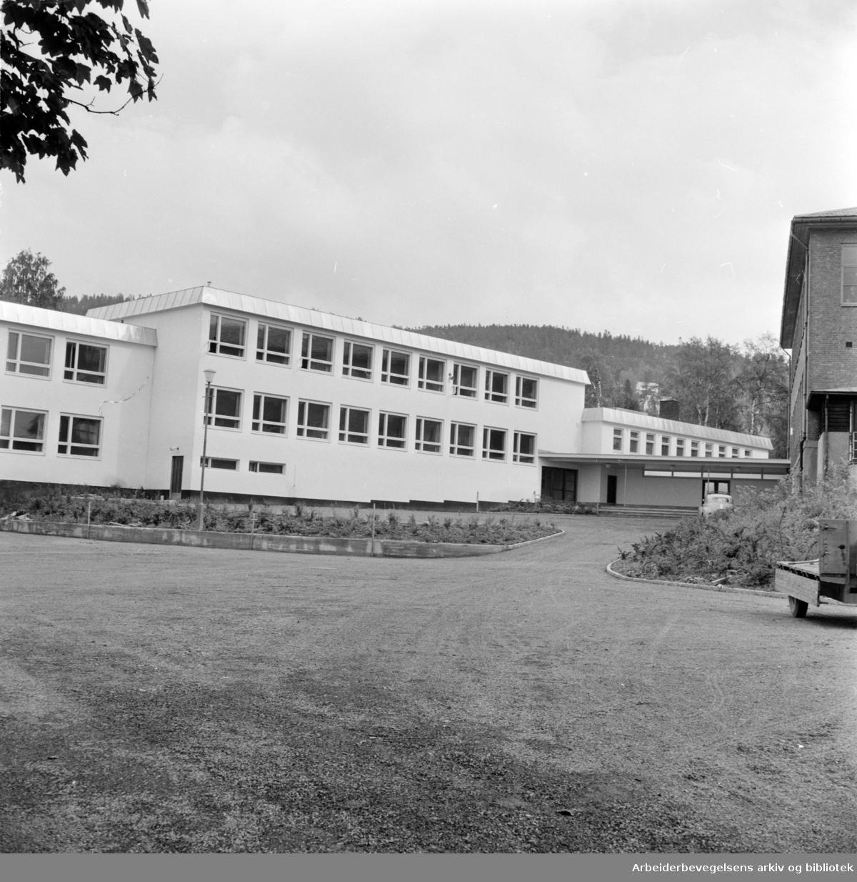 Kjelsås skole. August 1959