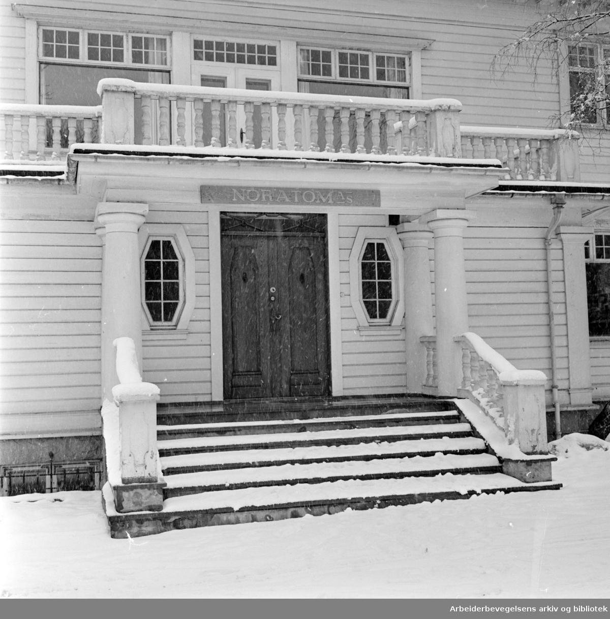 Holmenveien 20. NORATOM's lokaler. Eksteriør. Mars 1961