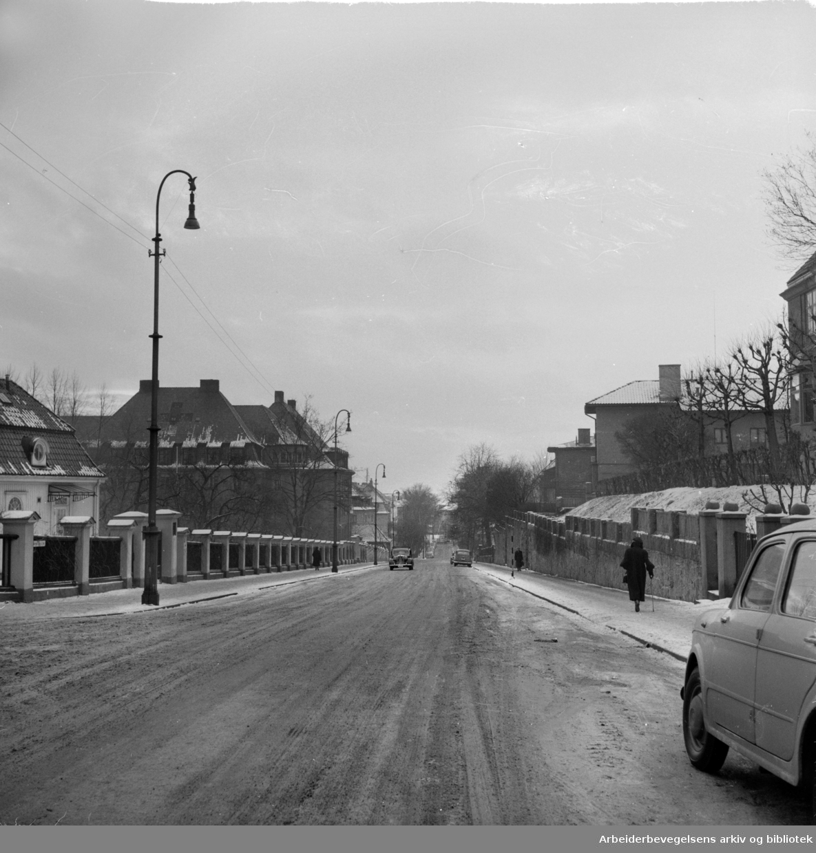 Fredrik Stangs gate. Desember 1957