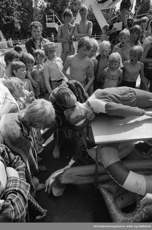 Frognerbadet. Livredningskurs..Juni 1971