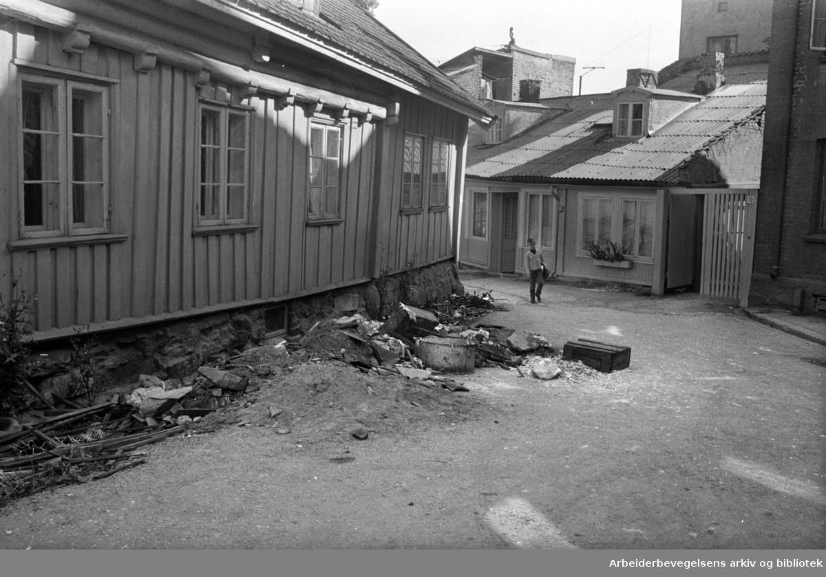 Damstredet. Wergelandgården. September 1963