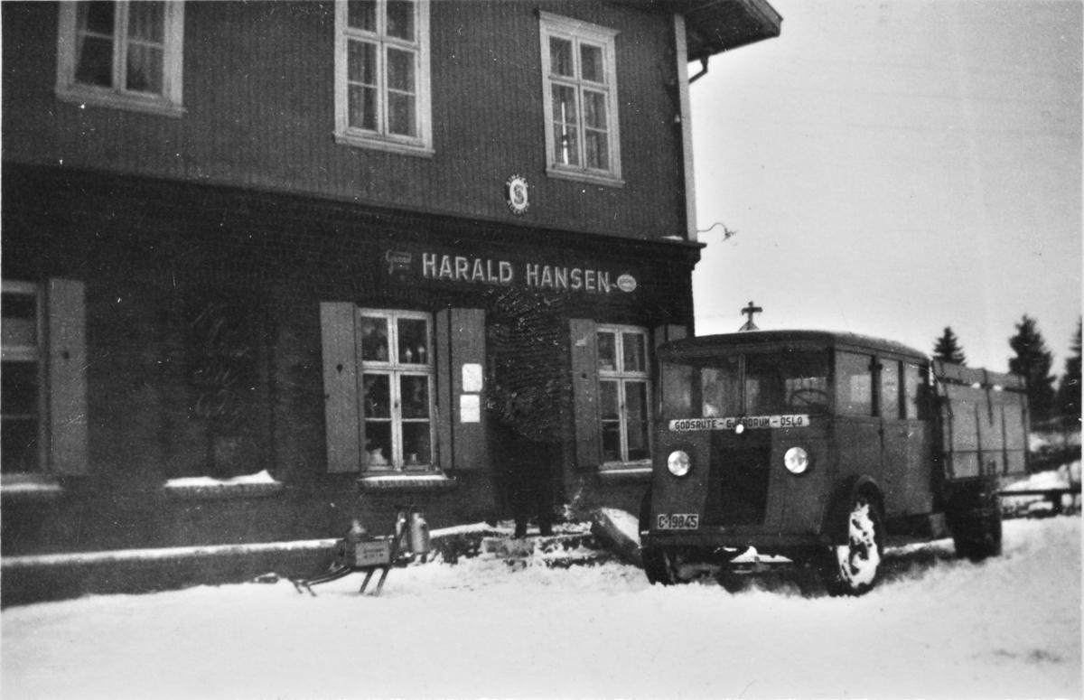 Harald Hansens kolonial i lokalet til tidligere Gjerdrum meieri (Gjerimeieriet) i Gjerdrum.