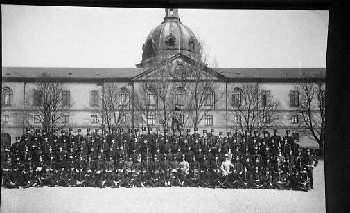 Arméns Underofficersskola i Stockholm.