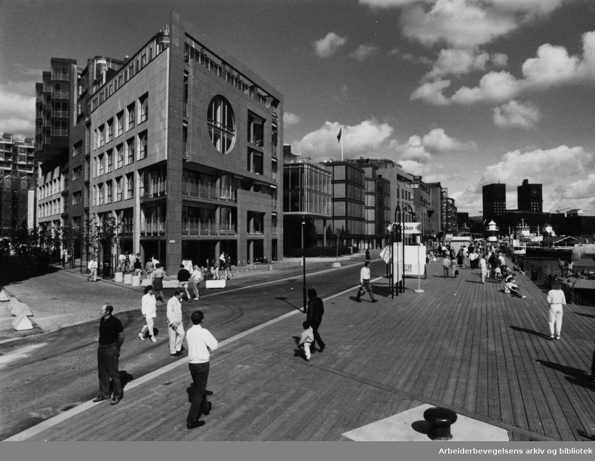 Aker brygge. September 1989