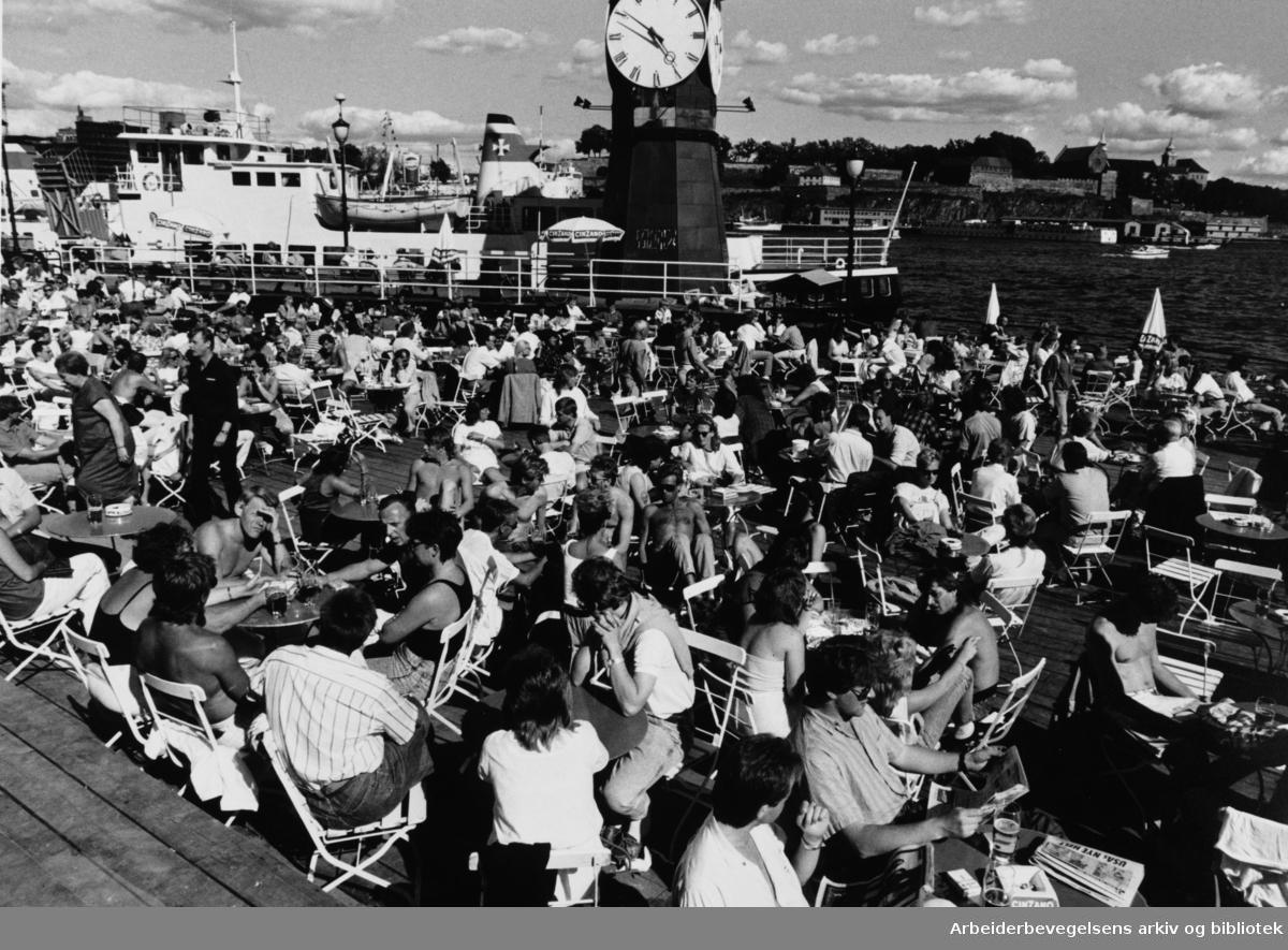 Aker brygge. Juli 1987