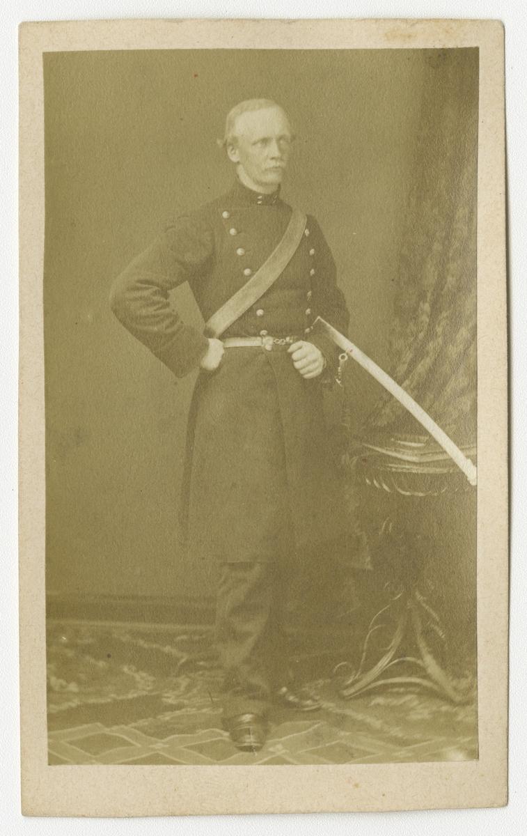 Porträtt av Svante Fredrik Helén, officer vid Göta artilleriregemente A 2.
