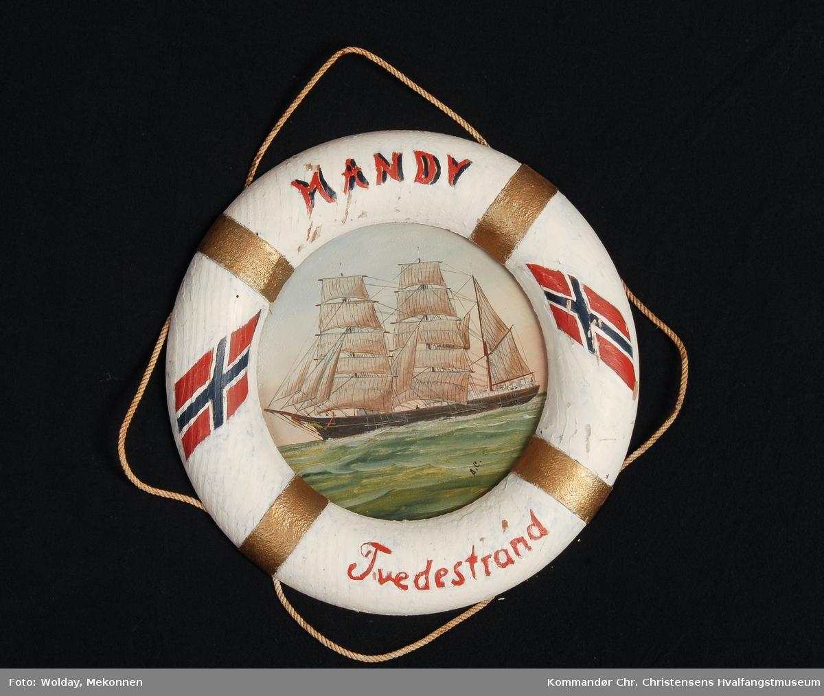HANDY Nasjon: Norsk Type: Bark Byggeår: 1890 Byggested: Salterød, Arendal, Norge Endelig skjebne: Solgt til Frankrike 1907, forandret til ST. JAQUES