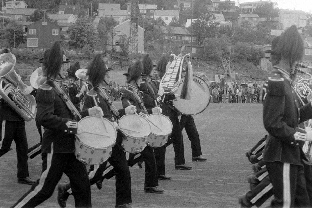 Gardens musikkorps spiller på militærmusikkens dag under festspillene.