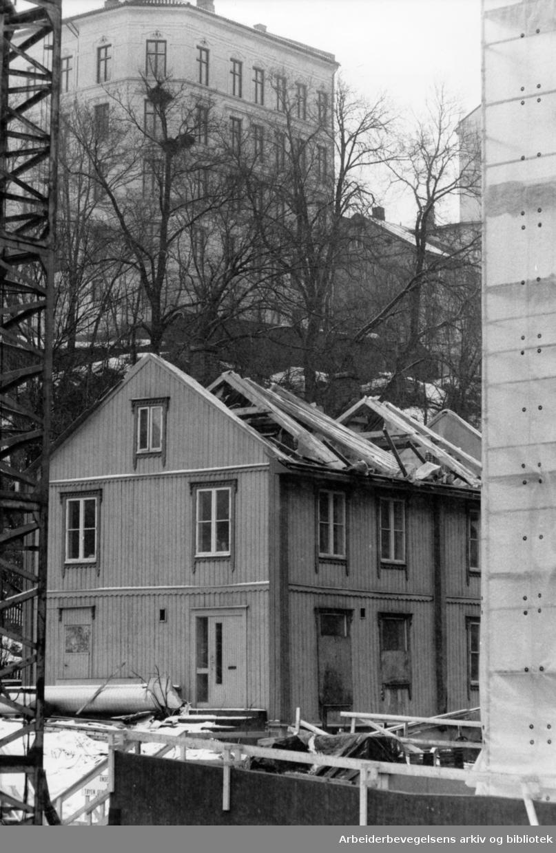 Brinkens gate, Brinken 65. April 1987