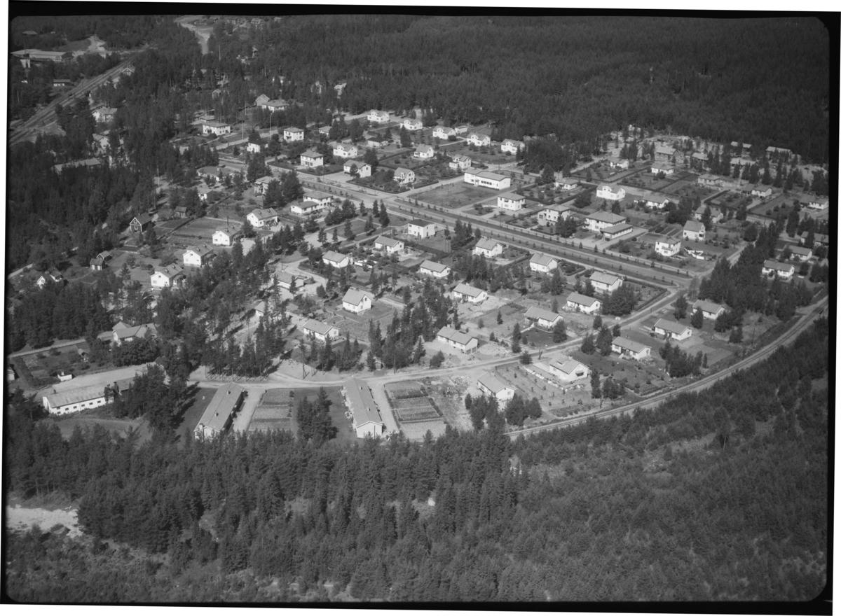 Flygfoto över Egna hem i Riddarhyttan.