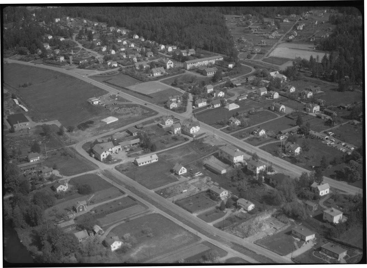 Flygfoto över Kolsva. Tagen 1965 av AB Flygtrafik Dals Långed.