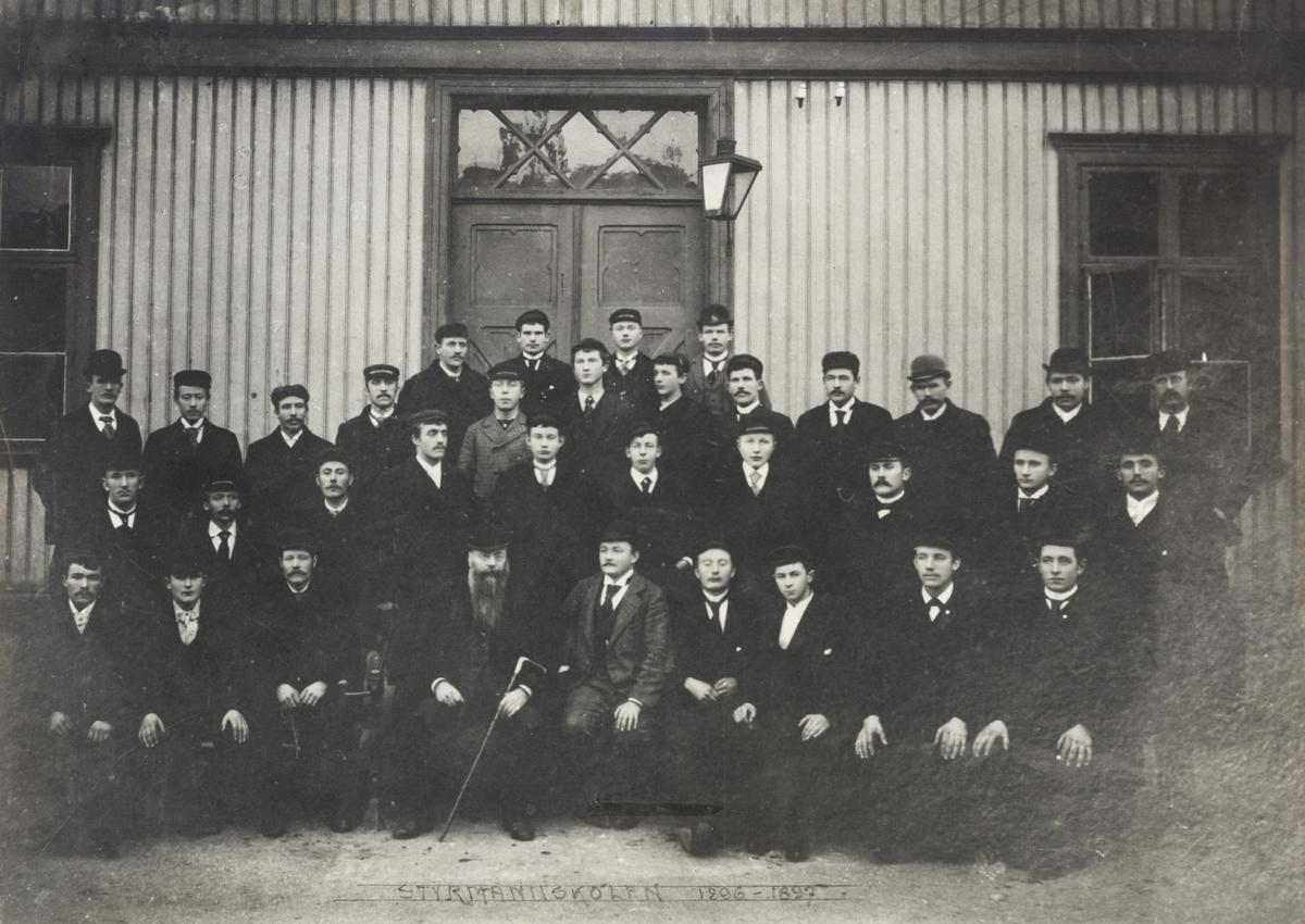 Gruppebilder - Styrmansskolen 1896/97