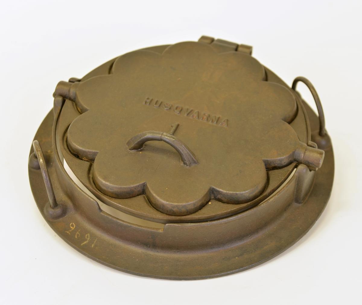 Våffeljärn tillverkat av Husqvarna.