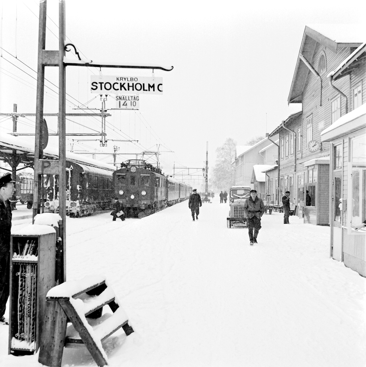 Snälltåg 14,10 Krylbo-Stockholm C