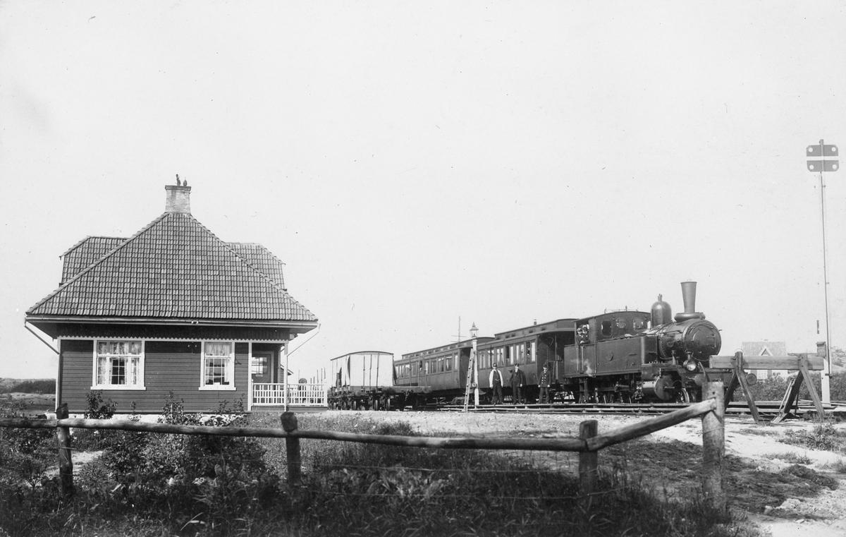 Malevik station GSJ.Göteborg-Särö Järnväg.