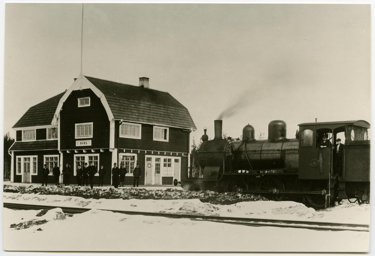 Ånglok, Orsa-Härjedalens Järnväg, OHJ lok nr 4, som står vid Svegs Station.