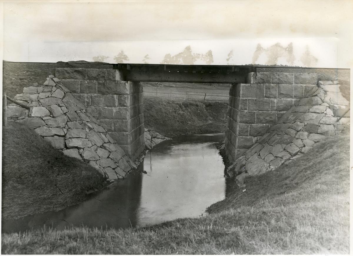 Bro vid Överby.