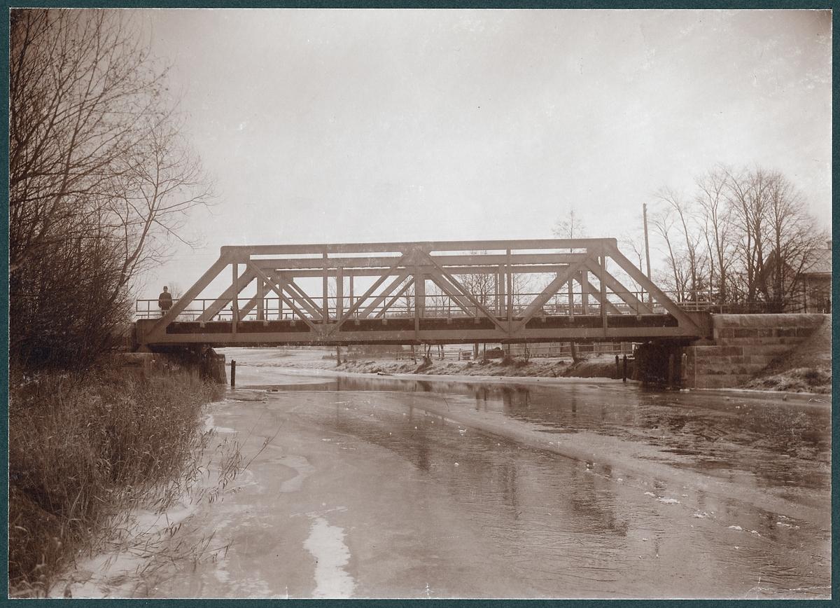 Järnvägsbro över Dyltaån.