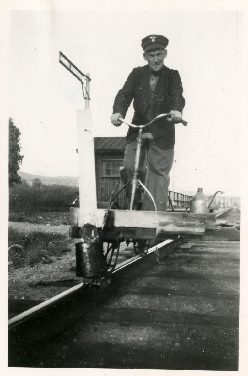 Rälssmörjning från trampdressin på linjen mellan Erikslund - - Johannisberg.