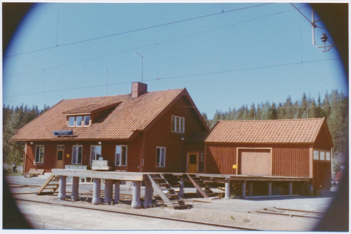 Stationshus i trä, byggår1915