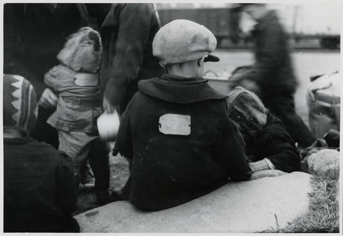 Finska flyktingar i Haparanda, hösten 1944.