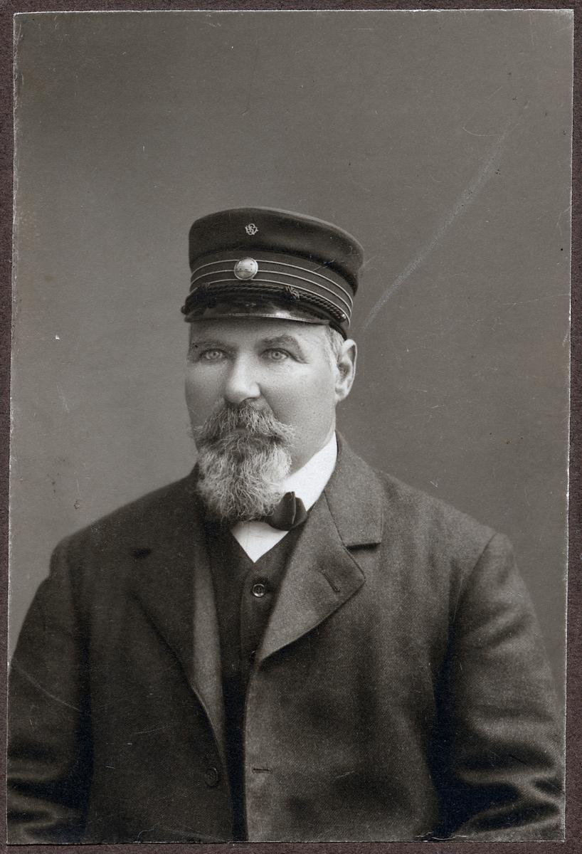 Lokförare Bäck.