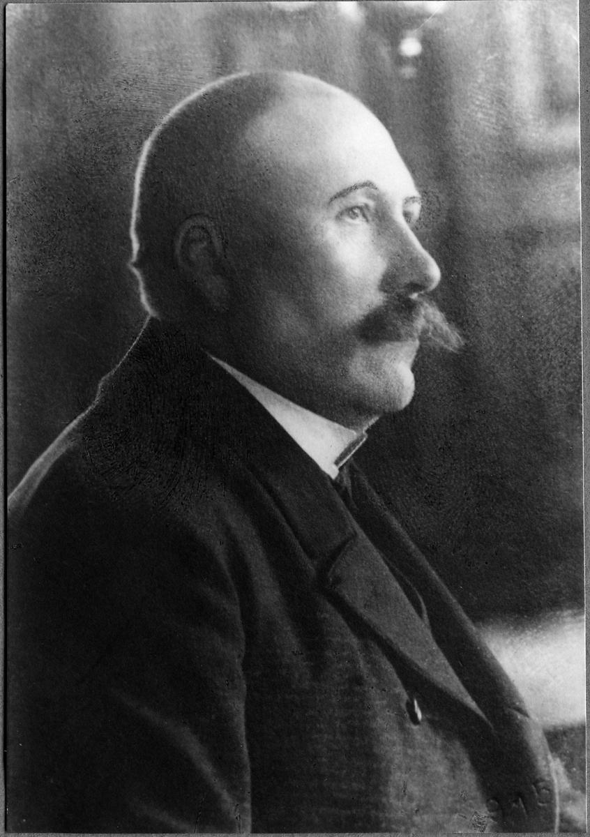 Konduktör F. J. Eneström.