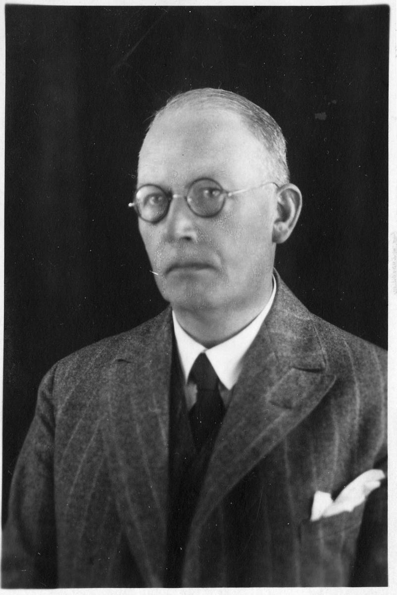 Förste Sekreterare Axel Julius Wahlgren.