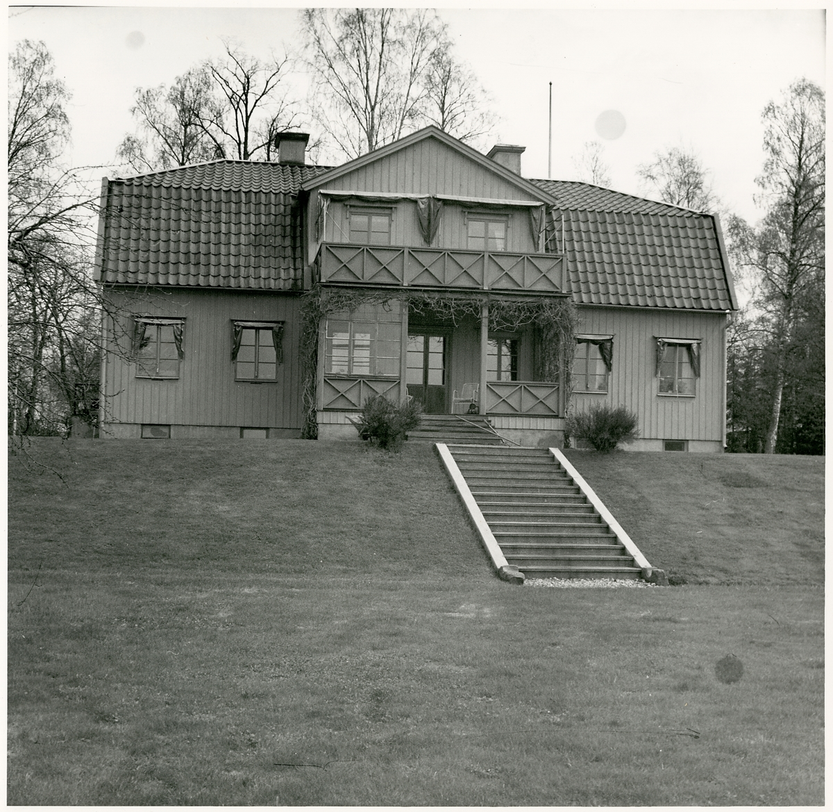 Byggnad vid Hagge Skogsförvaltning.