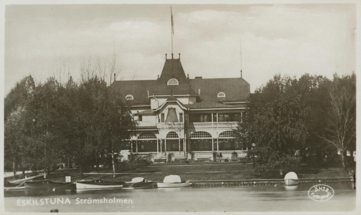 Strömsholmen i Eskilstuna byggdes 1899, en restaurang som revs 1953-1954.