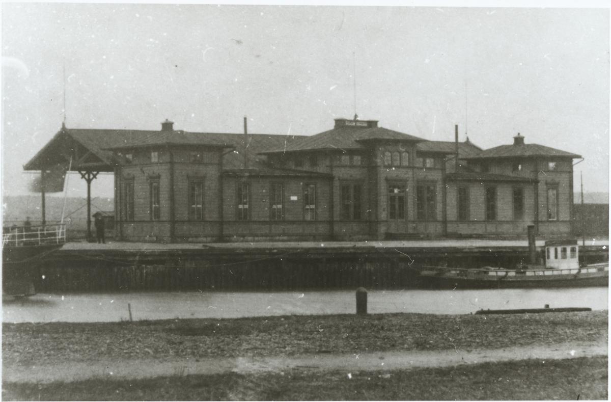 Köping stationshus.
