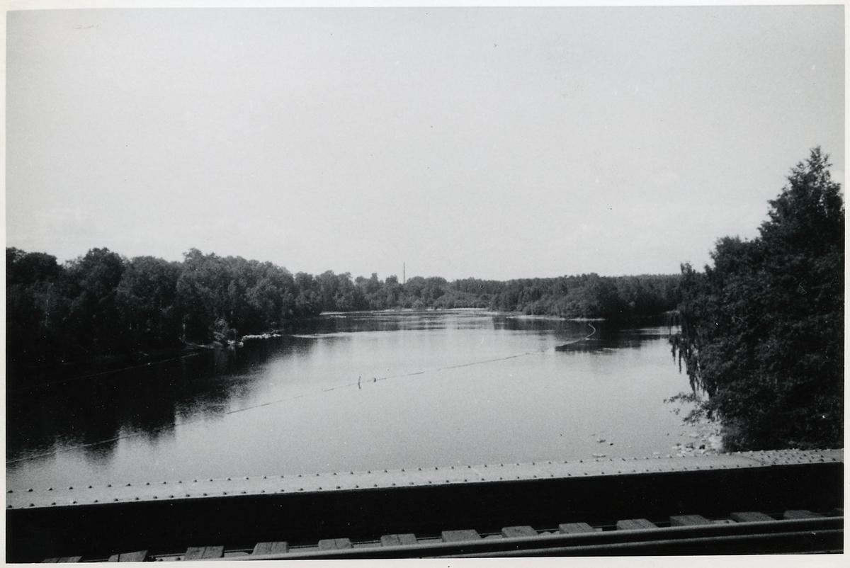 Dalälven från bron vid Krylbo, på sträckan mellan Avesta Krylbo och Storvik.