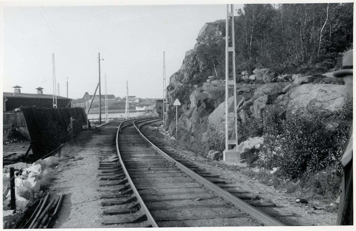 På sträckan mellan Strömstad och Skee. Strax innan elektrifieringen.