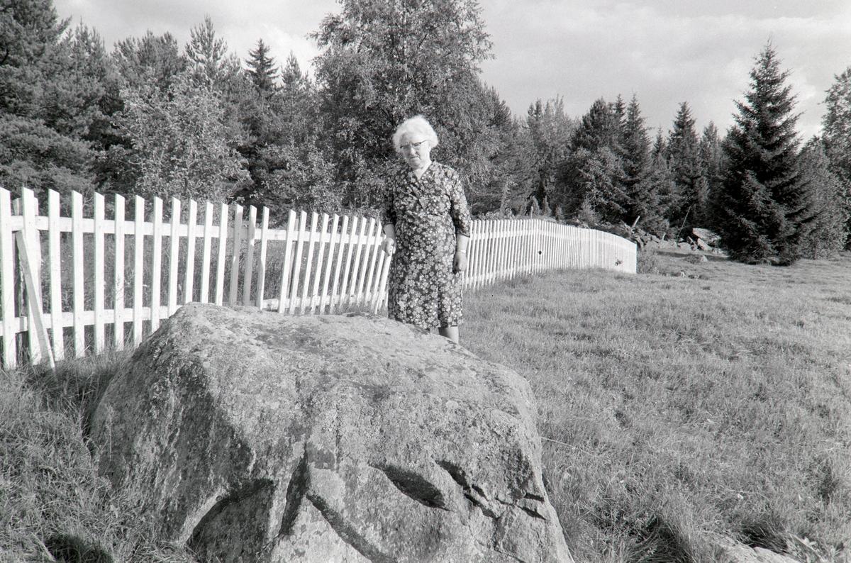 Torpet, Stein ved Finnvegen, Grue, Finnskog. Ukjent kvinne.